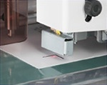 Accurate cutting by reading register marks