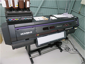 "UV-curable inkjet printer ""UCJV300-75"""
